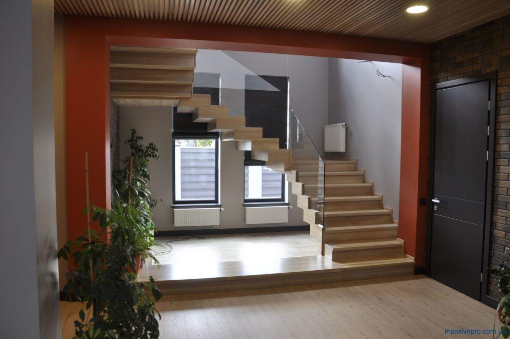 Лестница деревянная от MassivePro